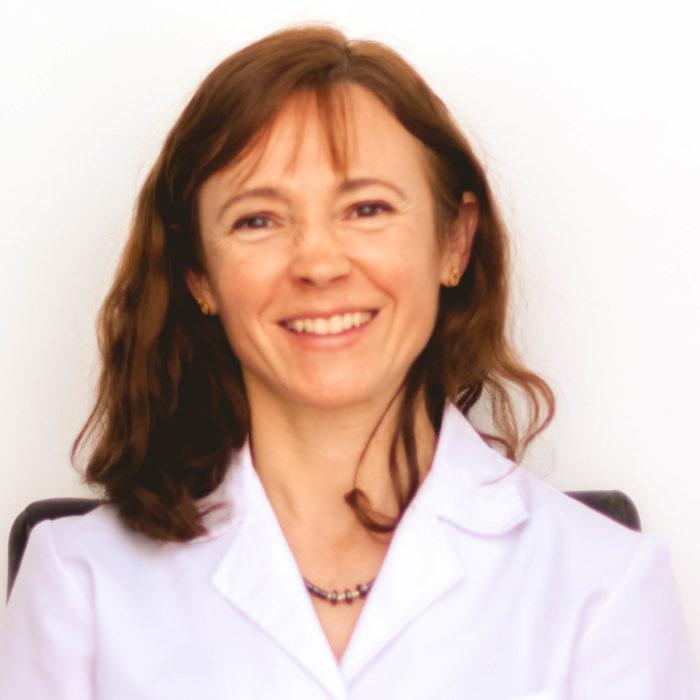 Dra. Ivana Teliszewski
